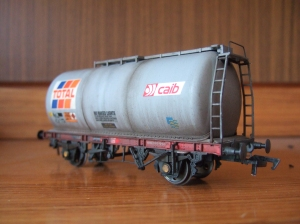 Bachmann 45 ton tank in workstained livery.